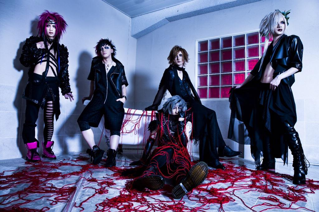 THE BLACK SWAN new PV and new single